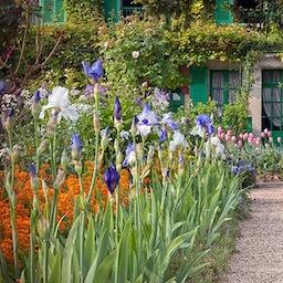 Дом и сад художника Клода Моне в Живерни